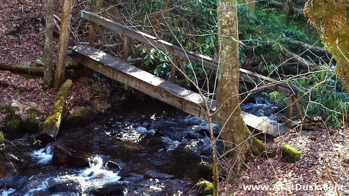 The Blue-blazed bridge over Park Creek in Standing Indian..